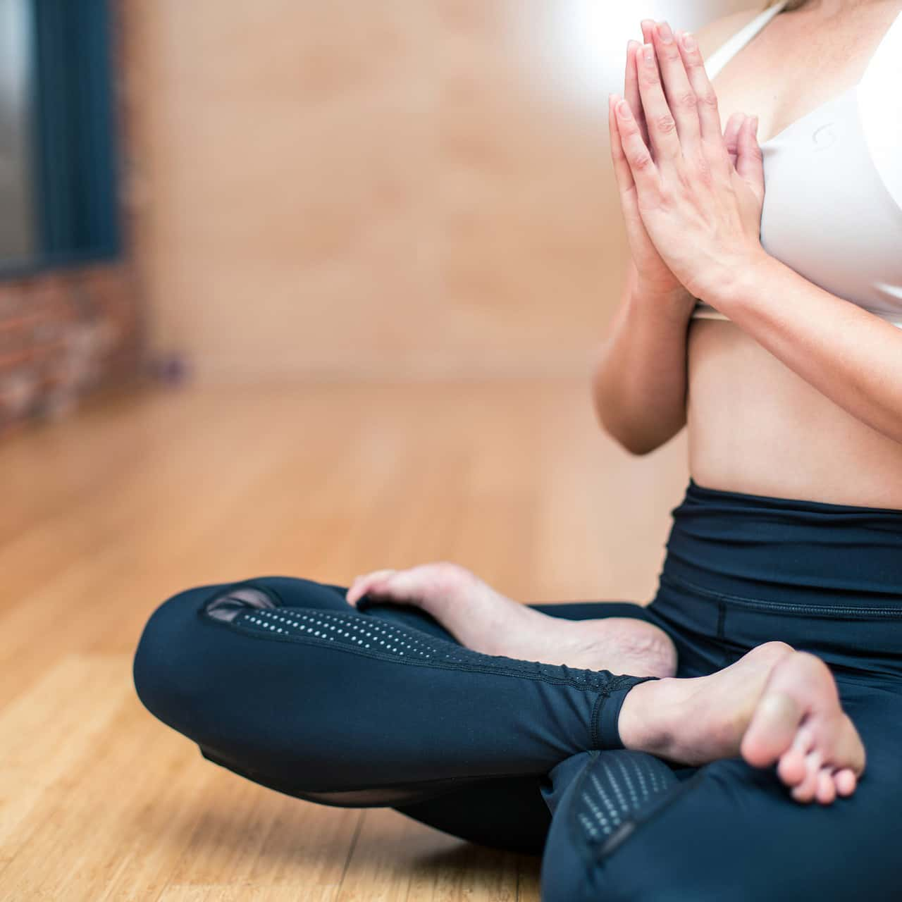 yoga-3053488_1920-2.jpg